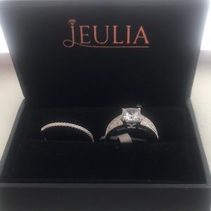 Wedding and engagement ring set NWT